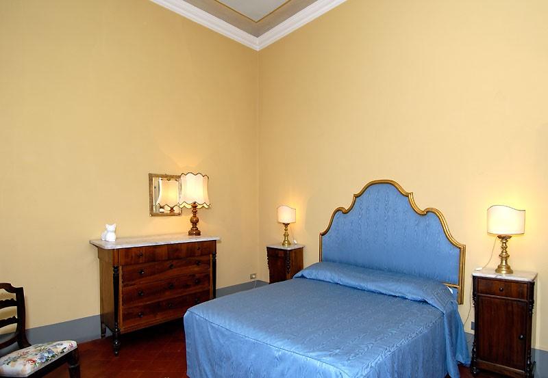 bluebedroom1.jpg