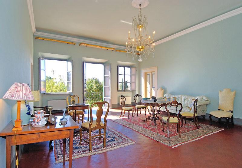 livingroom-villas-lucca.jpg