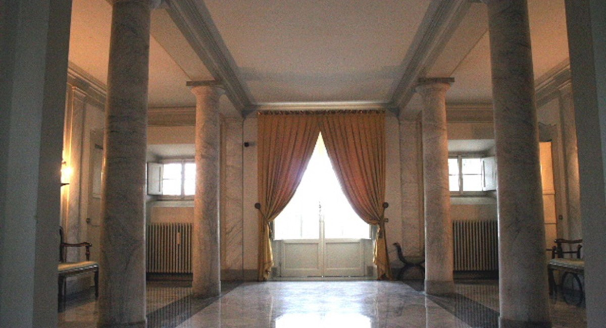 Lucca Luxury villa Tuscany for weddings and banquets (9).JPG