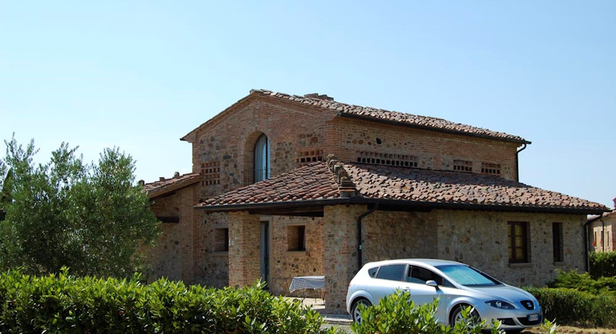 Farmhouse in Pisa with Swimming pool Tuscany (4).jpg
