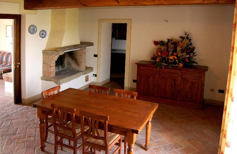 Tuscany Farmhouse for rent in Pisa (10).jpg