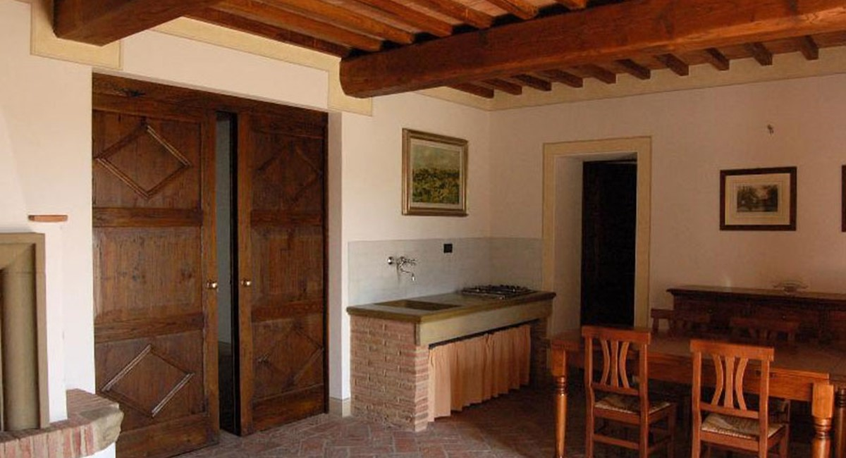 Tuscany Farmhouse for rent in Pisa (11).jpg