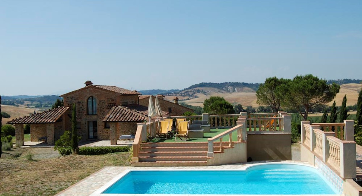 Tuscany Farmhouse for rent in Pisa (4).jpg