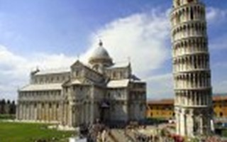 Campo dei Miracoli and leaning tower.jpeg