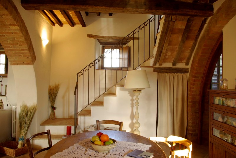 Oak Beam Farm house Siena (29).JPG
