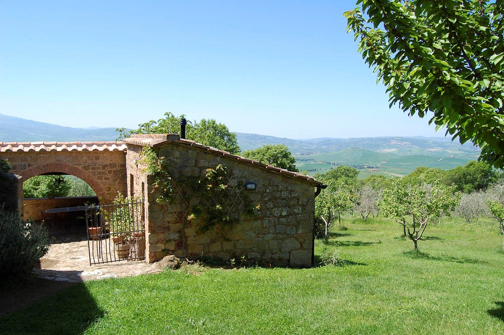 independant house near pienza (3).jpg