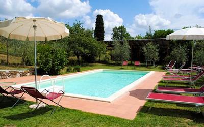 Tuscany Fenced Pool Villas In Italy