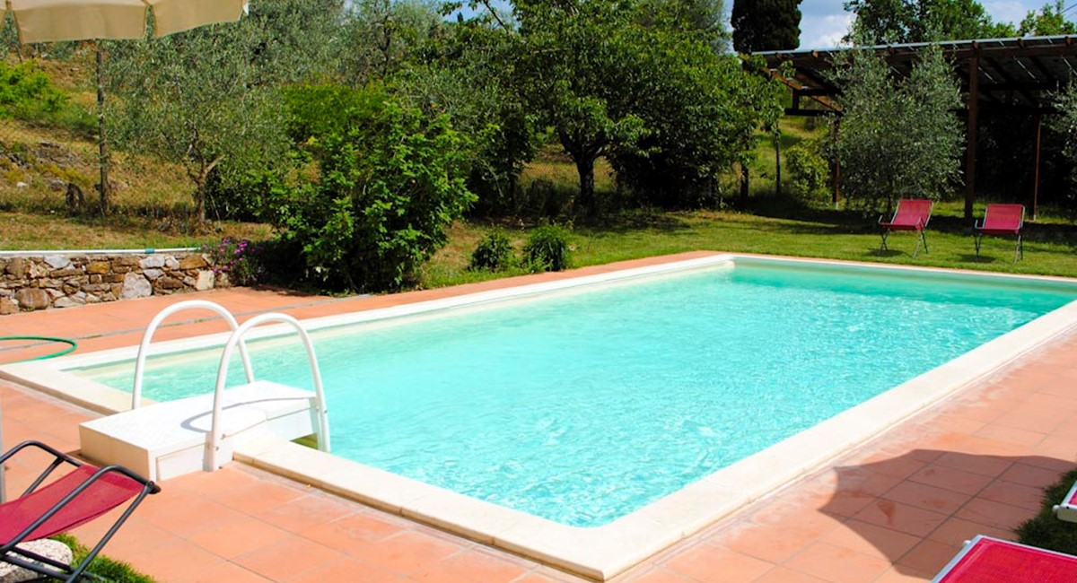 House in Arezzo swimming (4).jpg