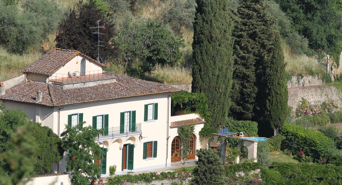 A villa 10 minutes from Florence city centre sleeps 10 people (21).JPG