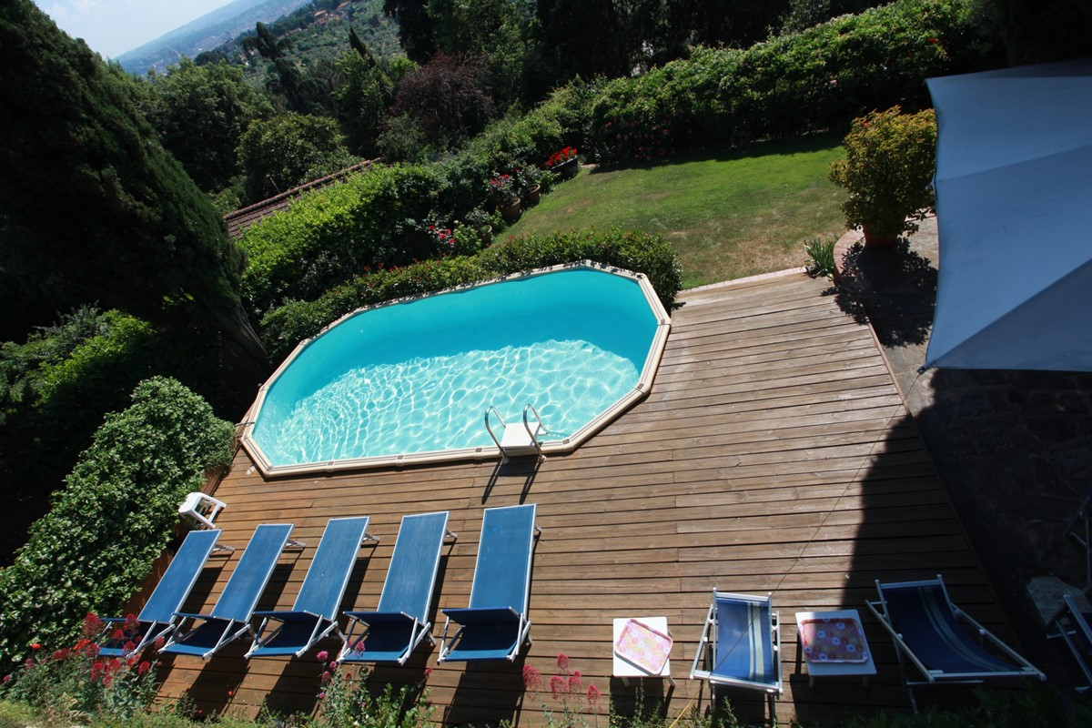 A villa 10 minutes from Florence city centre sleeps 10 people (25).JPG