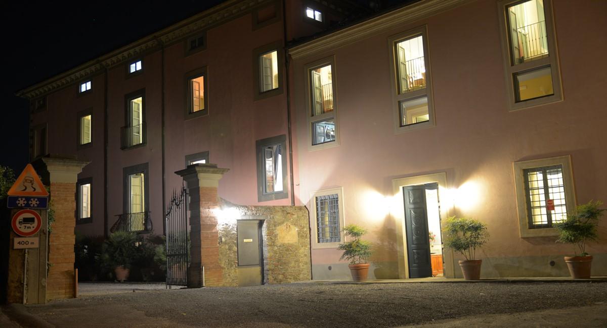 Luxury Villa Camaoire Lucca Italy 16