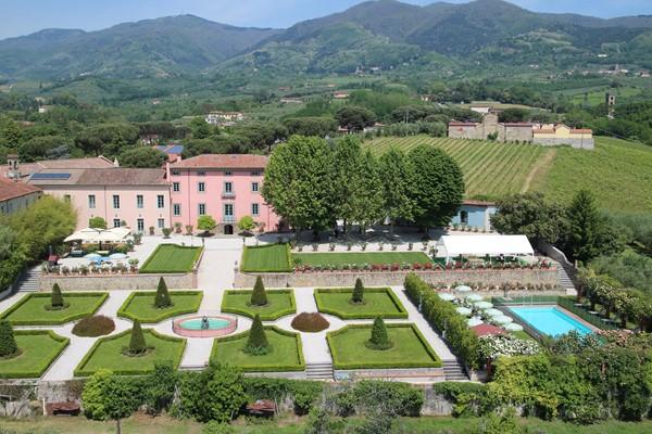 Luxury Villa Camaoire Lucca Italy 2