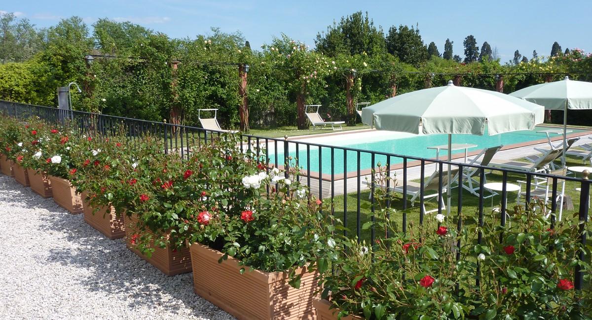 Luxury Villa Camaoire Lucca Italy 25