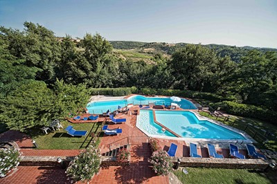 Florence Apartments Tuscany with pool (2).jpg